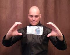 Antoin magicien pour entreprise Val d'Oise (95)